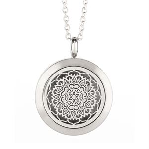 Picture of Floral Essential Oil Locket Silver